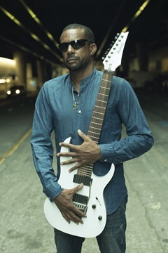 TonyMacAlpine2017_by-Michael-Mesker-[1]